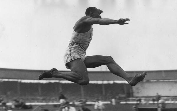 Jessee Owens - Saritura spre aurul olimpic