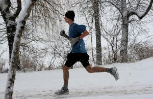 Alergare iarna pe frig